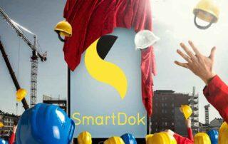 Mobil med SmartDok blir avduket på byggeplass. Stor jubel.