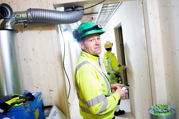 Byggetrinn 1 er ferdig og to flotte byggverk med studentboliger står ferdige og allerede tatt i bruk av studenter i Tromsø. Econor er godt i gang med byggetrinn 2 av studentboligene.